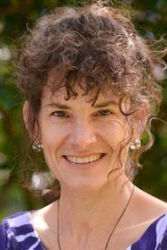 Dr Kati Blattner