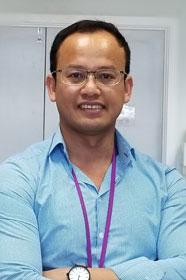 Dr Kanueng Chitcholtan