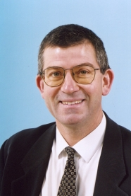 Mr Bruce Hodgson