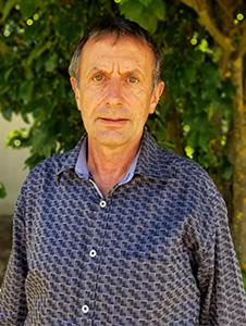 Associate Professor Garry Nixon